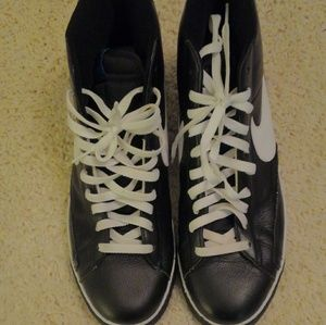 Nike Shoes - Men's Nike Athletic Shoes